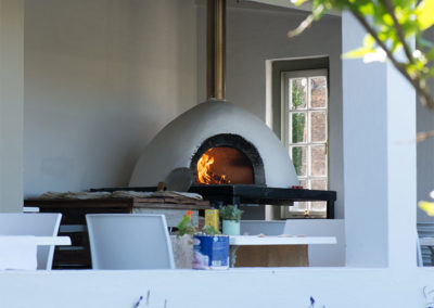 Pizza Oven with Patio